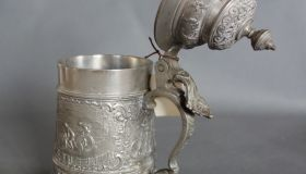 Decorative 19 cm tankard with bicycle motif