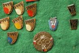"Group of badges ""Course de la Paix"""