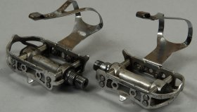 Dural sports pedals