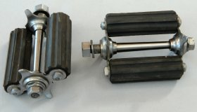 Replica of pedals for a high-wheel bicycle