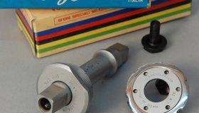 Axle 35 x 1 for velodrome bicycle