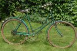Hirondelle lady retro-direct, cca 1945