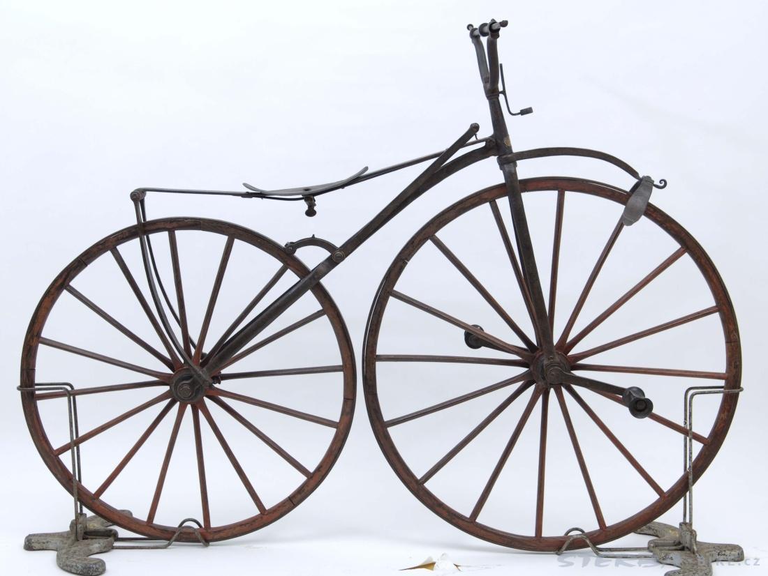 Boneshaker  Favre, France 1868 - Bicycles / Archive - Sold / Archive - Sold / Archive - STERBA-BIKE.cz
