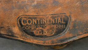 CONTINENTAL race saddle