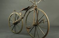 Boneshaker for 12 – 14 years old children, probably Germany – around 1870