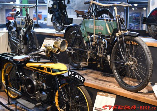 13/B National Motor Museum, Beaulieu – Anglie