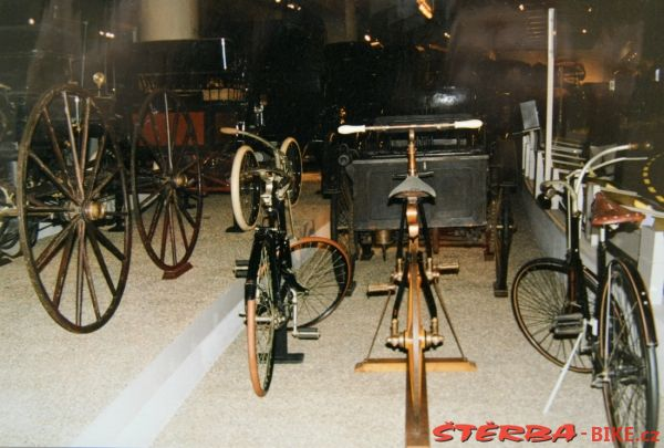 36/B - Henry Ford Museum – USA